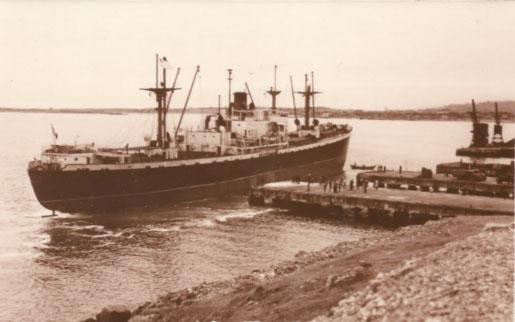 navire-beaudean-quai
